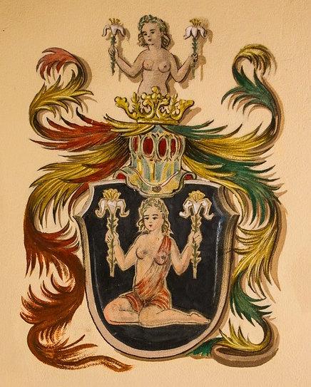 Le signe du zodiaque de Menna Fadali c'est Vierge
